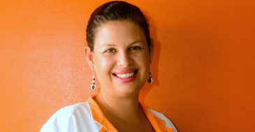Drs. Stephanie Nouel